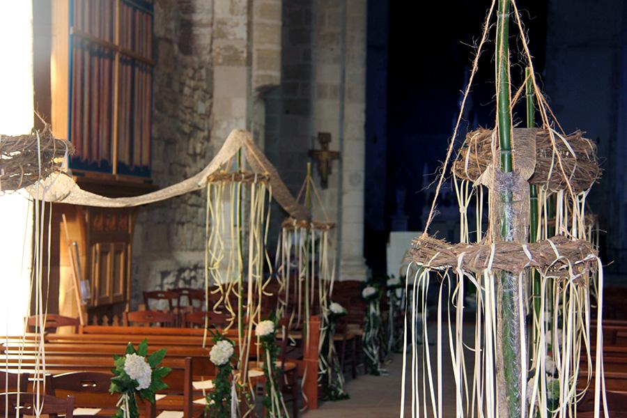 décoration florale d'église dans le 85